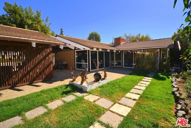 1001 N SUNSET CANYON Drive, Burbank, CA 91504
