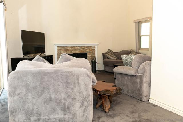 10620 Villa Bonita, Spring Valley CA: http://media.crmls.org/mediaz/80e974e1-407d-4c83-a0c1-5607ed57bf44.jpg