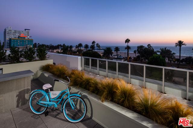 Condominium for Rent at 1320 2nd Street Santa Monica, California 90401 United States