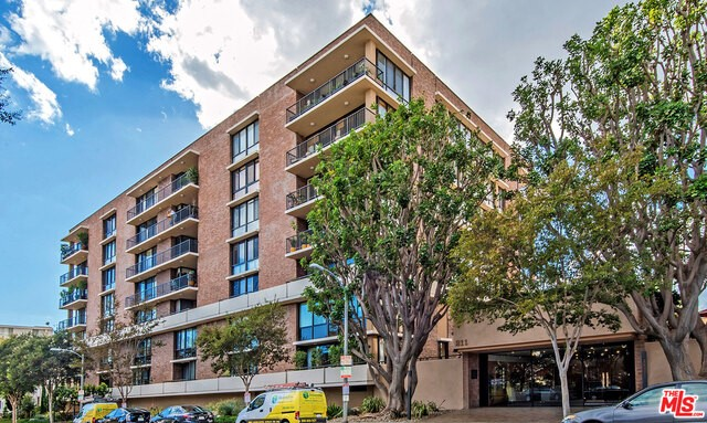 211 S SPALDING Drive Unit S109, Beverly Hills CA 90212