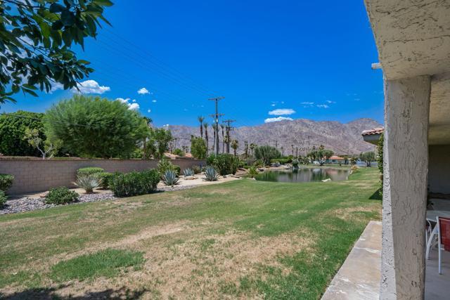 78181 Lago Drive, La Quinta CA: http://media.crmls.org/mediaz/825858B1-361C-4515-A332-C15B24CA6E27.jpg