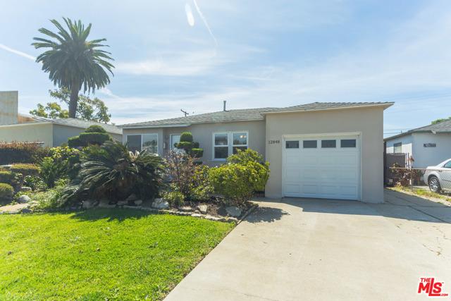 12848 GILMORE Ave, Los Angeles, CA 90066