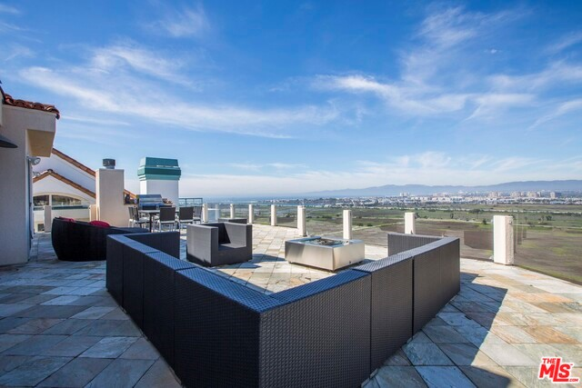 Condominium for Rent at 7817 Veragua Drive Playa Del Rey, California 90293 United States