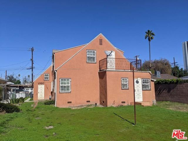 332 W Laurel Street, Compton CA: http://media.crmls.org/mediaz/8301B5E4-3A8C-45A7-B942-0846F4A88EC2.jpg