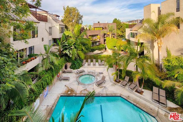 950 N Kings Road, West Hollywood CA: http://media.crmls.org/mediaz/831858D7-F9CE-4513-A619-F1BC8E0E41AF.jpg