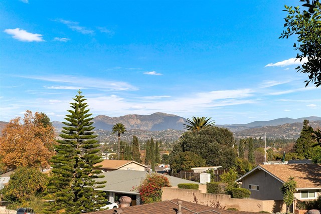 Detail Gallery Image 1 of 25 For 1460 S Lemon Ave, El Cajon,  CA 92020 - 4 Beds   3 Baths