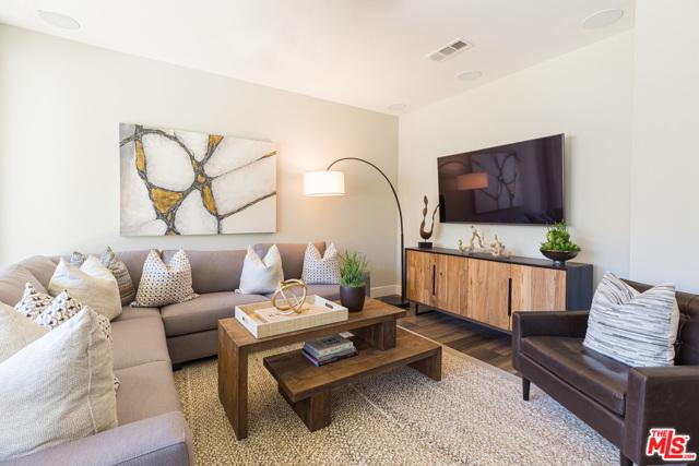 Photo of 4379 Paxton Place, Calabasas, CA 91302