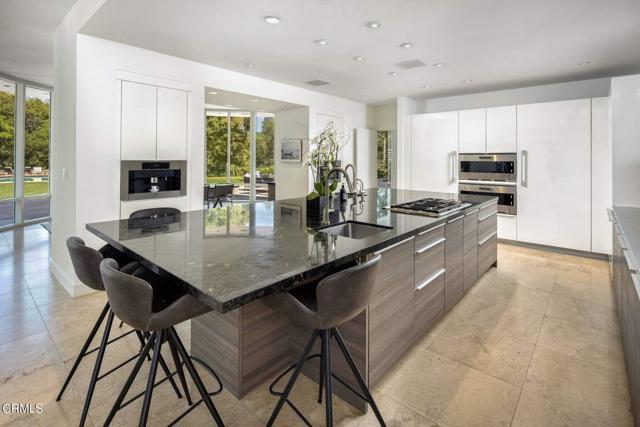 4240 Woodleigh Lane, La Canada Flintridge CA: http://media.crmls.org/mediaz/83FBF047-3A1D-4F70-8F6A-39C866823FAB.jpg