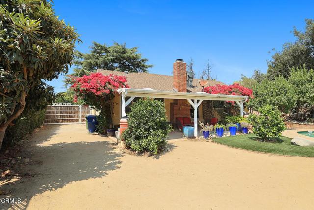 9716 Helen Avenue, Shadow Hills CA: http://media.crmls.org/mediaz/84194FC2-275D-4266-AC6E-A23324D762C4.jpg