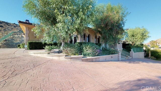 16778 Menahka Road Apple Valley CA 92307