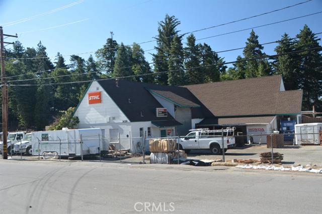 26567 Pine Avenue, Rimforest CA: http://media.crmls.org/mediaz/844D2E2E-B51B-479D-A7A5-AACE1A90C37E.jpg