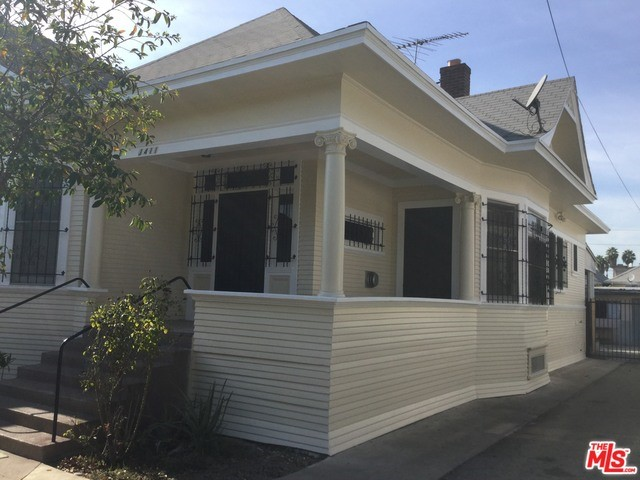 Single Family Home for Rent at 1411 Albany Street Los Angeles, California 90015 United States