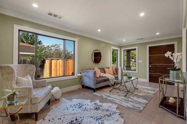 1017 Miller Avenue, San Jose CA: http://media.crmls.org/mediaz/84B31C44-9EC7-43A9-95BA-E626B7C6213A.jpg