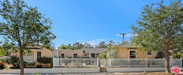 537 BELOIT Avenue, Los Angeles CA 90049