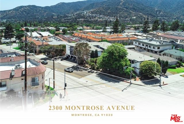 2300 Montrose Avenue, Montrose CA: http://media.crmls.org/mediaz/8505FAB6-D782-46E3-8DF1-F90F0FA0B6AC.jpg