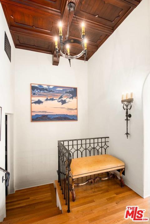 267 Amalfi Dr, Santa Monica, CA 90402 photo 26