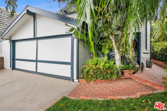 3105 N Poinsettia Ave, Manhattan Beach, CA 90266 photo 3