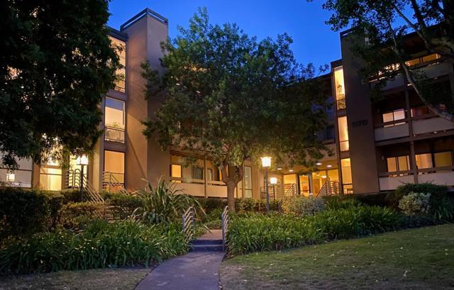 1170 Foster City Boulevard, Foster City CA: http://media.crmls.org/mediaz/8658FDA0-F8D6-436D-95AC-66BBC435C445.jpg