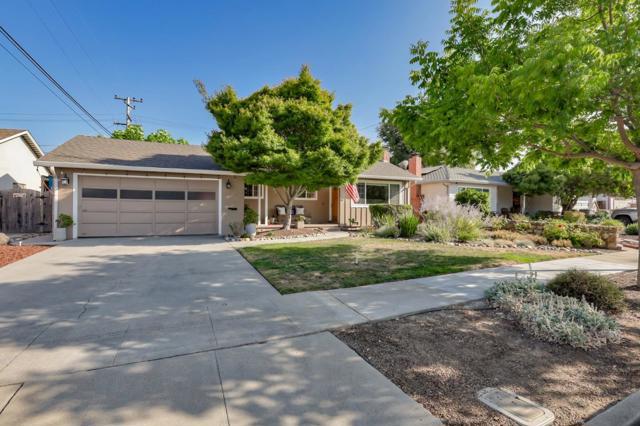 1532 San Joaquin Avenue, San Jose CA: http://media.crmls.org/mediaz/8688E8E4-BB9C-4E35-B96F-15548F767033.jpg