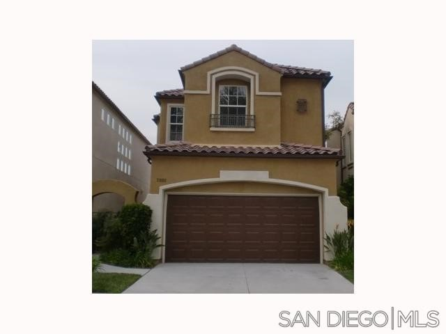 11880 Miro Cir, San Diego CA: http://media.crmls.org/mediaz/86AF9FB1-1230-4233-A0AE-58A8F621E9FD.jpg