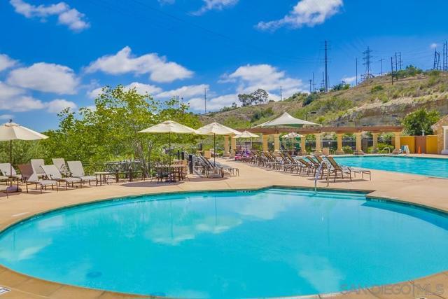 2639 Bellezza Dr, San Diego CA: http://media.crmls.org/mediaz/86FEA5D3-976D-4074-A39C-8108B1DC6095.jpg
