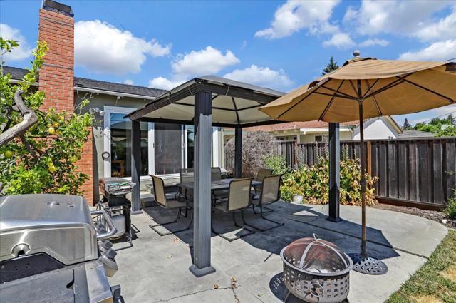 1758 Heron Avenue, Sunnyvale CA: http://media.crmls.org/mediaz/87454006-0FF6-4CC2-A507-76E8AC6B0E43.jpg