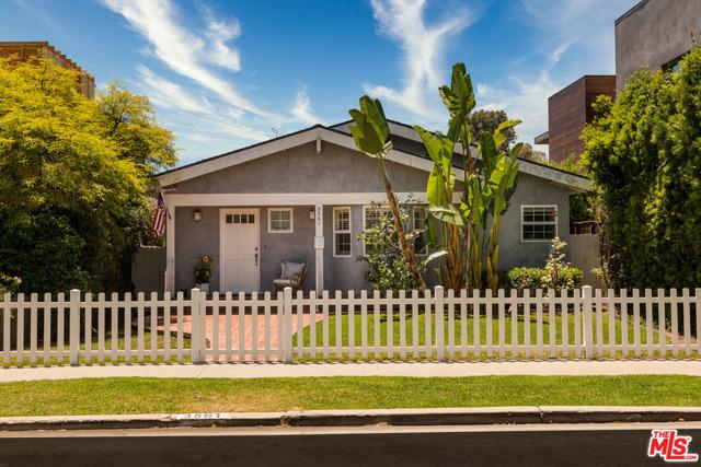 3561 Ashwood Los Angeles CA 90066