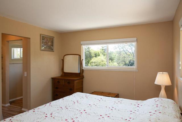 19080 Oak Heights Drive, Salinas CA: http://media.crmls.org/mediaz/87540641-6A45-496F-A849-2DFB1D2C5676.jpg
