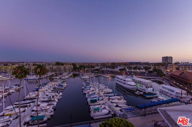 4267 Marina City Dr 300, Marina del Rey, CA 90292