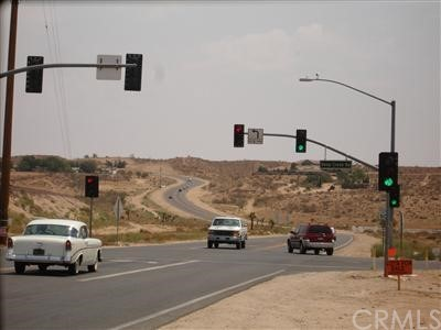 0 Deep Creek Road, Apple Valley CA: http://media.crmls.org/mediaz/87E56058-2D4C-4317-A3E8-799535D940A7.jpg