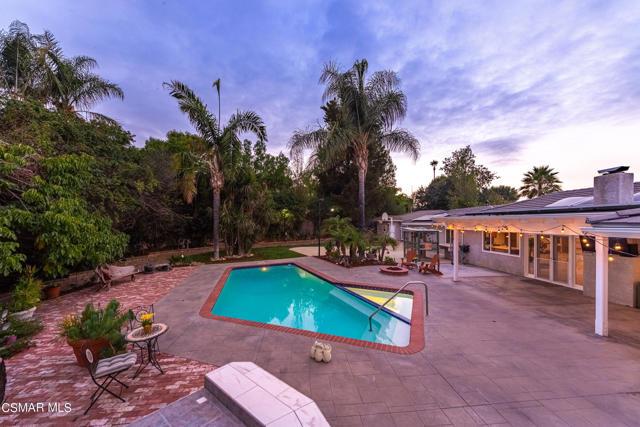 658 Bonwit Place, Simi Valley CA: http://media.crmls.org/mediaz/87F830AB-A36F-4D30-93C3-30619505D3B5.jpg