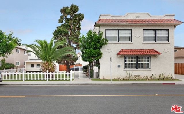 3515 E 10TH Street Long Beach, CA 90804 is listed for sale as MLS Listing 16180286