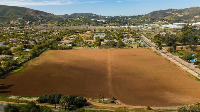 0 MULBERRY DRIVE, San Marcos CA: http://media.crmls.org/mediaz/88B270FD-8891-473A-AD14-A3D9CE618105.jpg