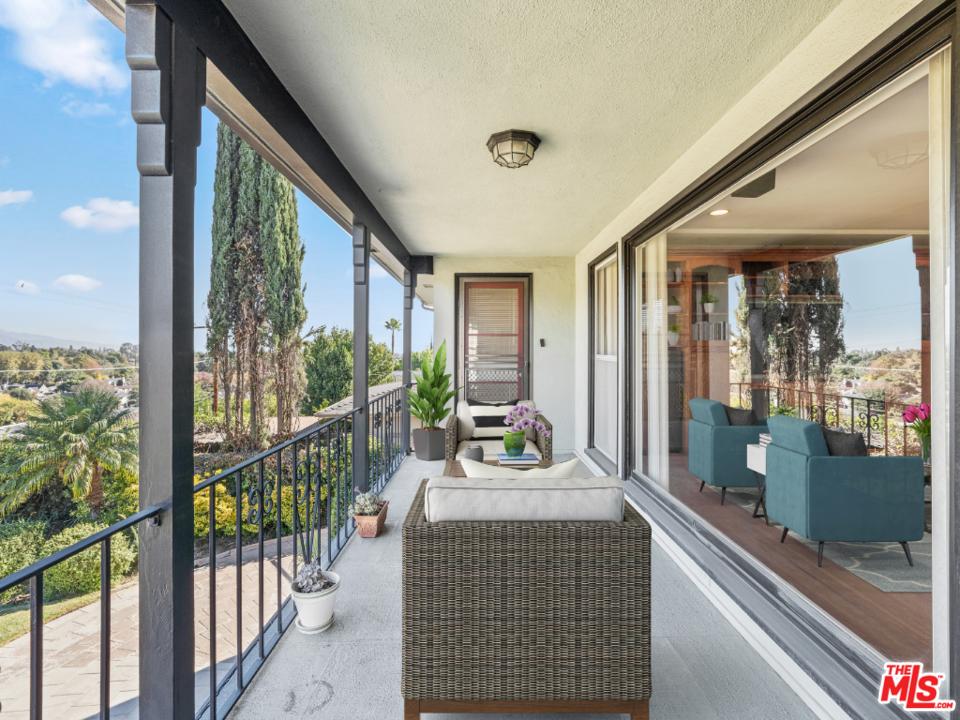 130 Anita Drive #  Pasadena CA 91105