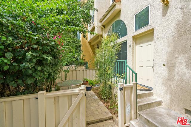 Photo of 5455 Sylmar Avenue #1504, Sherman Oaks, CA 91401