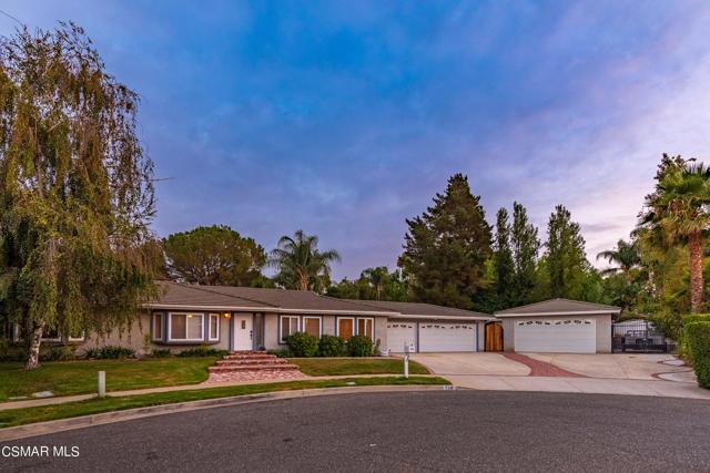 658 Bonwit Place, Simi Valley CA: http://media.crmls.org/mediaz/88E4D956-13D0-4EFF-9230-30E1E858665B.jpg