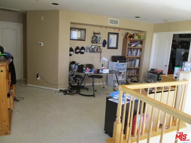 27185 Ocean Dunes Street, Moreno Valley CA: http://media.crmls.org/mediaz/88FC8C21-53F9-4126-BD8C-1A0978F695C5.jpg