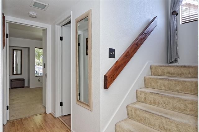 6908 Sandleford Way, San Diego CA: http://media.crmls.org/mediaz/895384DB-1009-4A49-8CBD-2A39BE3913FF.jpg