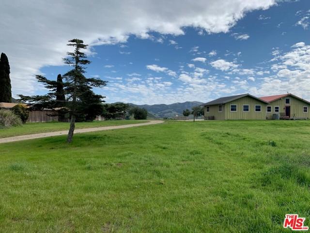 7296 SANTOS Road, Lompoc CA: http://media.crmls.org/mediaz/8A0A9D40-A482-4677-8EDA-2F366E0F7A57.jpg