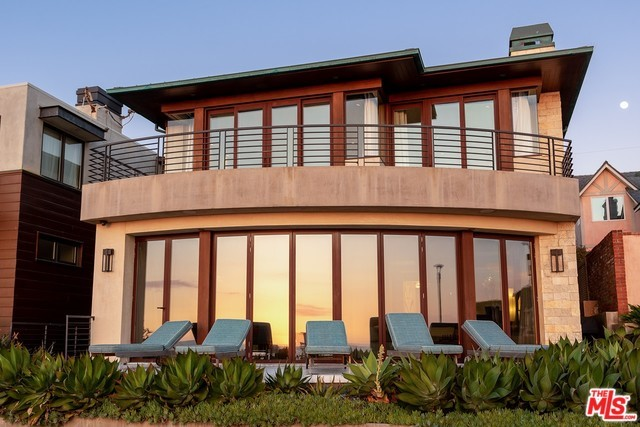 Photo of 3001 THE STRAND, Hermosa Beach, CA 90254