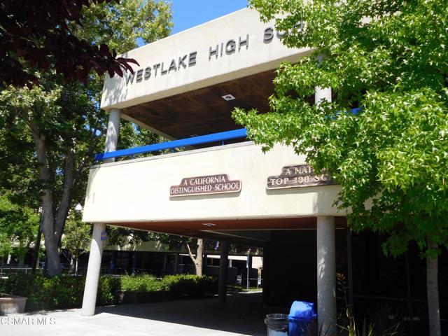 2024 Rosebay Street, Westlake Village CA: http://media.crmls.org/mediaz/8A36D9D5-2302-4338-B50E-25FFA8D3F6EE.jpg