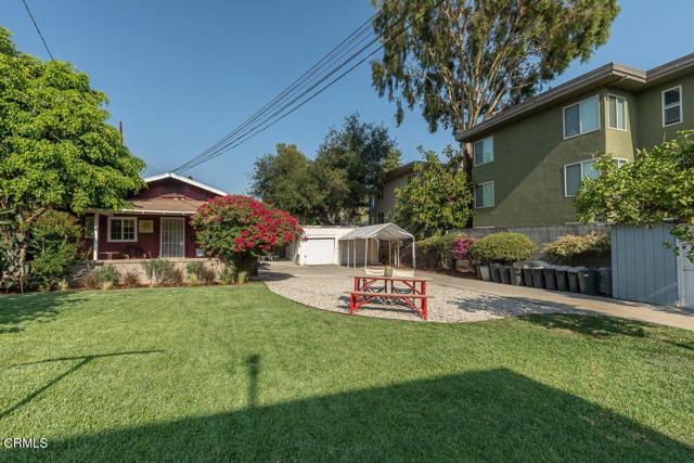 820 Brent Avenue, South Pasadena CA: http://media.crmls.org/mediaz/8A78218C-118E-4430-B373-D8A2E06E3044.jpg