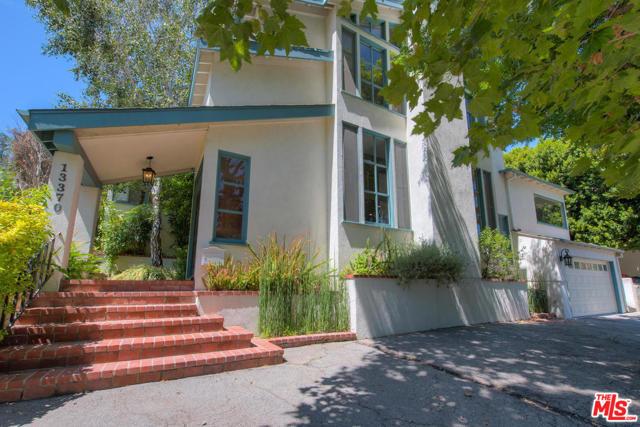 Photo of 13370 CONTOUR Drive, Sherman Oaks, CA 91423