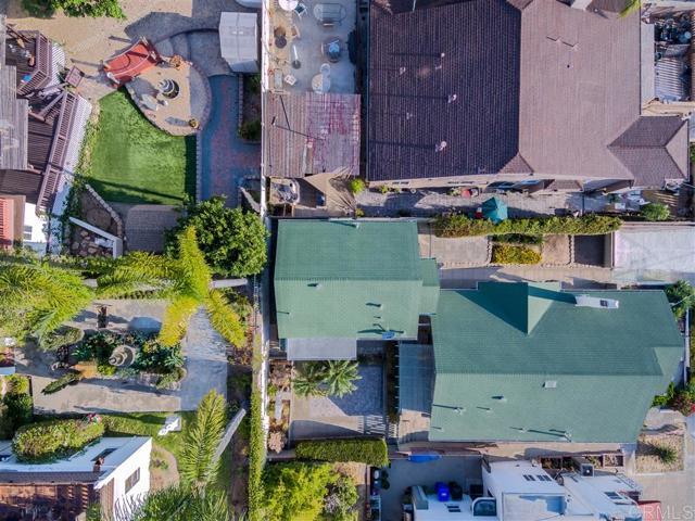 2339 Brant St, San Diego CA: http://media.crmls.org/mediaz/8B38E8B7-8DB9-4132-ADAD-20B62C70D888.jpg