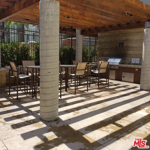 100 S ALAMEDA Street, Los Angeles CA: http://media.crmls.org/mediaz/8BDD2023-E43D-4C15-88CF-3B5EFE40749B.jpg