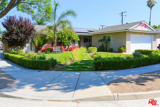 Photo of 22023 Alamogordo Road, Santa Clarita, CA 91350