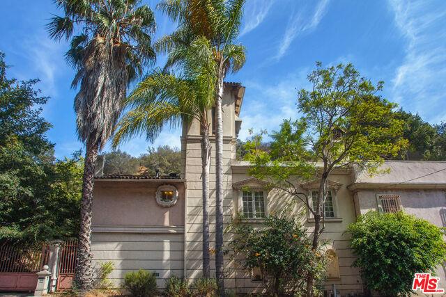 1556 N BEVERLY GLEN Boulevard, Los Angeles CA 90077
