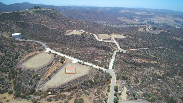 1 Murel Trail, Poway CA: http://media.crmls.org/mediaz/8D6903B6-6979-4A43-B59C-D355B0870A2A.jpg