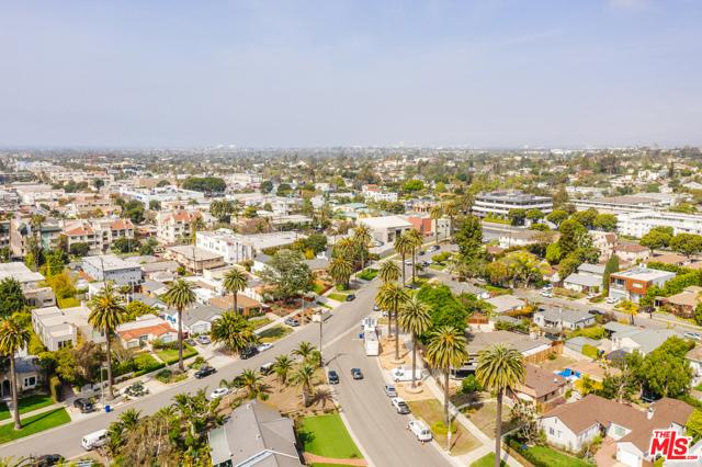 3875 Marcasel Ave, Los Angeles, CA 90066 photo 41