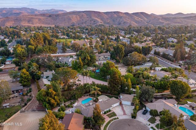658 Bonwit Place, Simi Valley CA: http://media.crmls.org/mediaz/8D9DE563-3E0A-469E-9549-246D41883695.jpg
